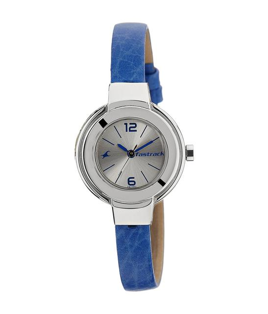 Fastrack Silver Dial Watch For Women's 6113Sl02