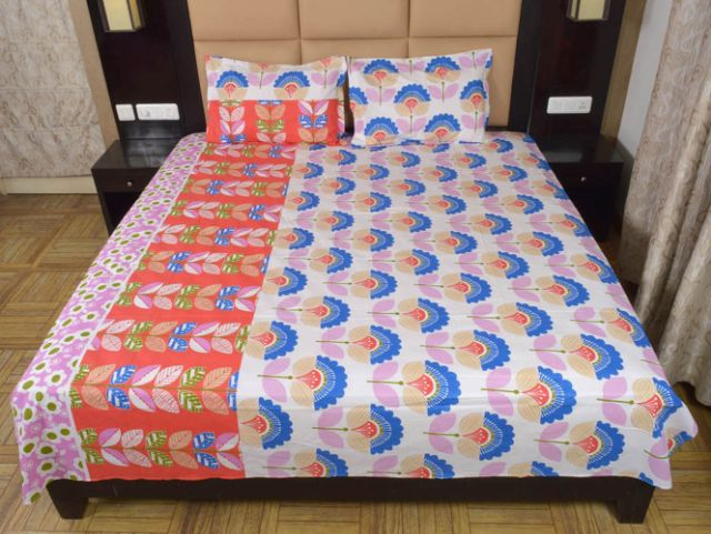 DNF Floral Print Double Bed Sheet With 2 Pillow Covers