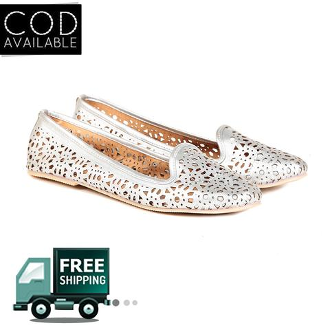 Ten Women's Silver Synthetic Leather Moccasin